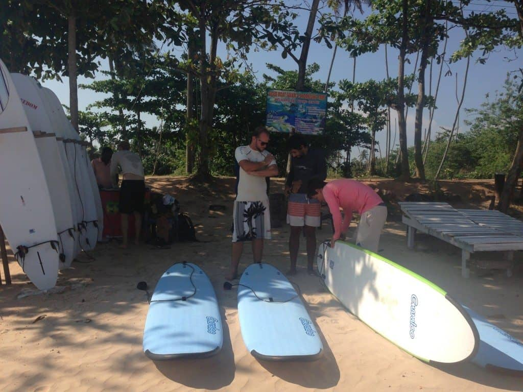 learn to surf sri lanka