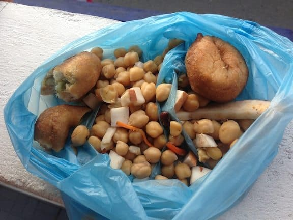 Chick Pea (Garbanzo bean) street food snack