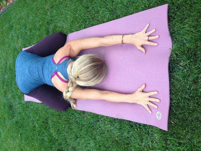 manduka-prolite-childs-pose-yoga