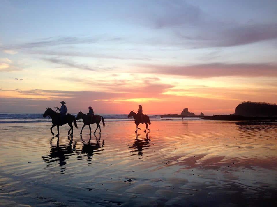 horse back riding tour nicaragua