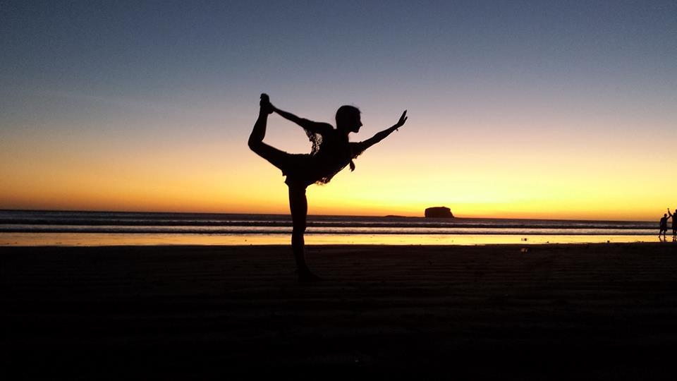 playa hermosa sunset dancers pose - nicaragua
