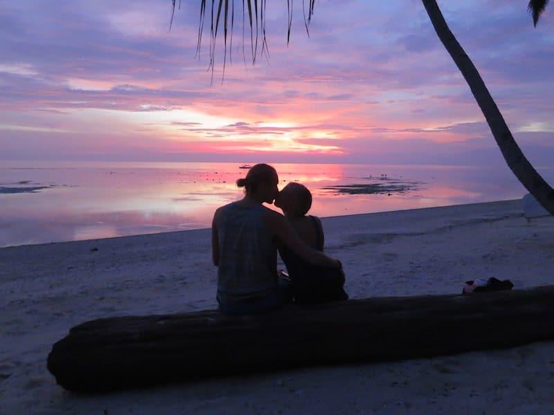 Sunset-Sequijor-Phillipines-beach