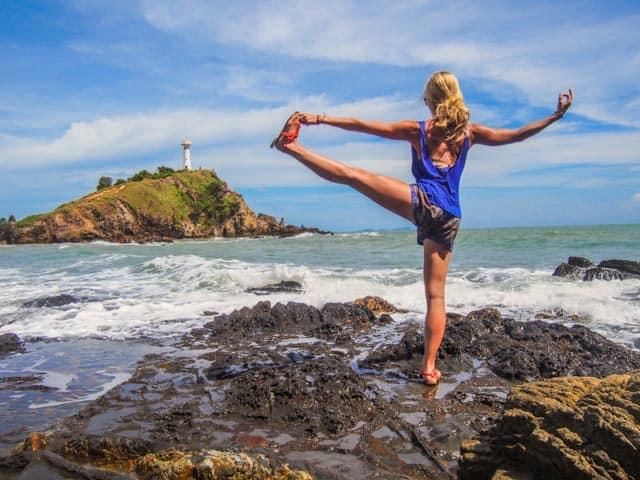 big-toe-pose-yoga-anne-thailand-beach-koh-lanta