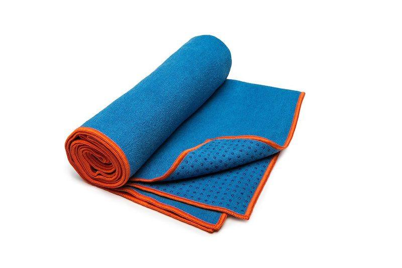 yogitoes-skidless-yoga-towel-hot-yoga