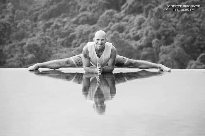 les-leventhal-yoga-splits-pose