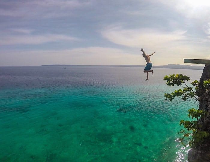 What does world nomads travel insurance cover? Cliff jumping