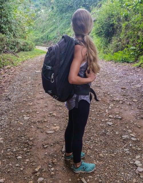 osprey farpoint 40l backpack is perfect for digital nomads