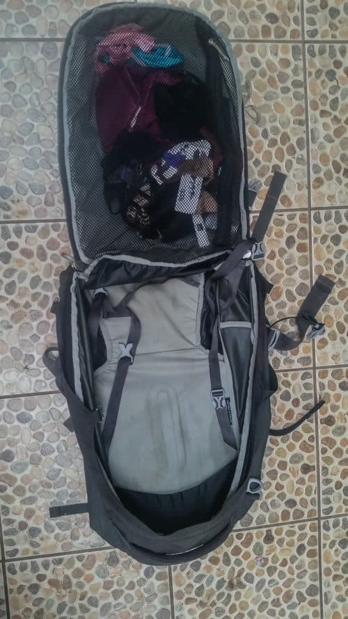 Farpoint 40 osprey is a front loading bag