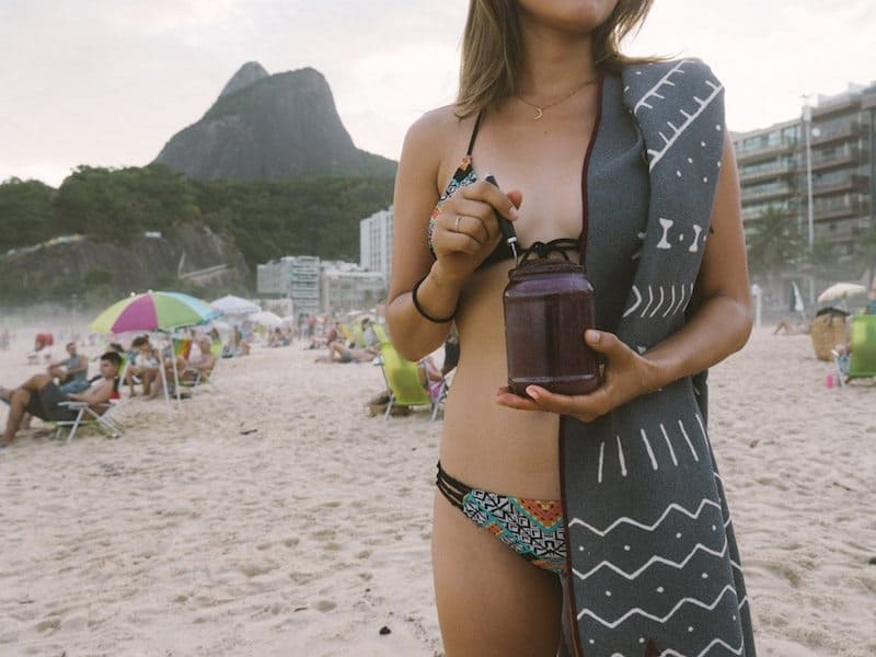 buy-sustainable-products-while-traveling-beach-rio-towel