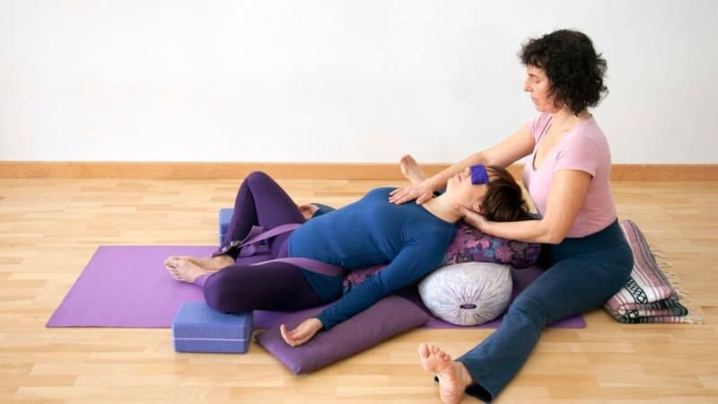 The Difference Between Yin Yoga and Restorative Yoga - The