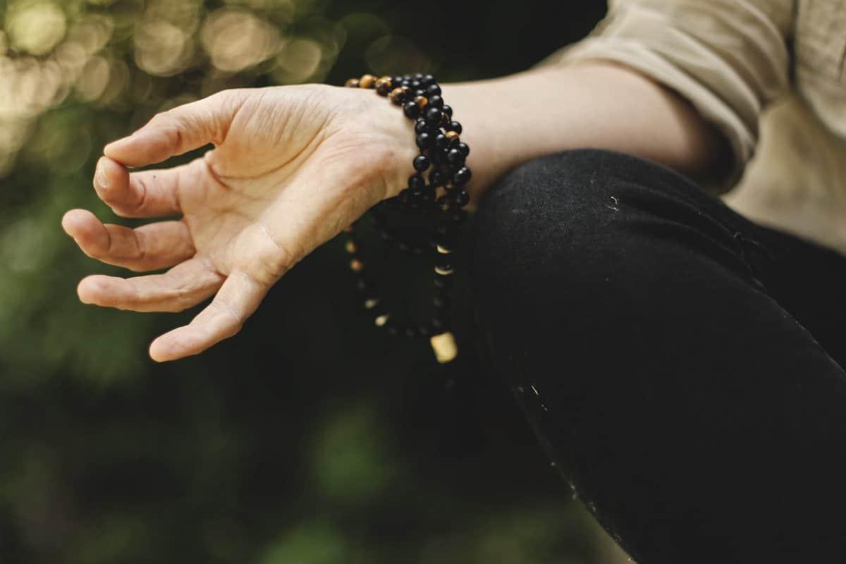 how to become yogi